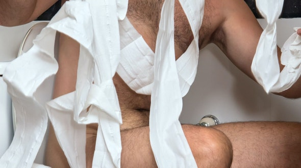Nude_Poo